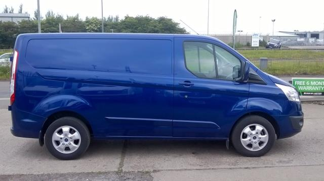 2017 Ford Transit Custom 2.0 Tdci 130Ps Low Roof Limited Van Euro 6 (YR17DHF) Image 12