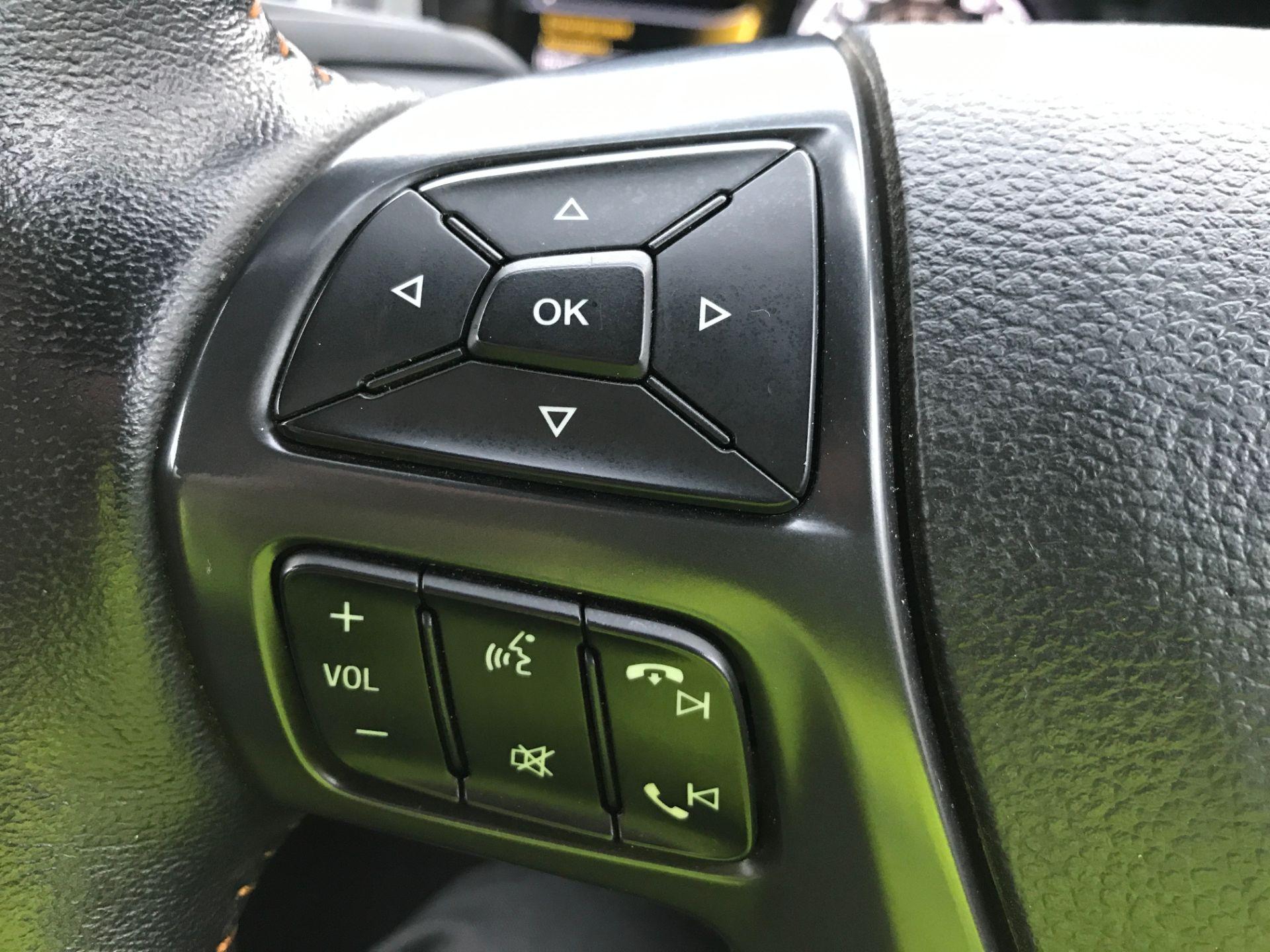 2017 Ford Ranger DOUBLE CAB 4X4 WILDTRAK 3.2TDI 200PS EURO 5 (YR67AKO) Image 30