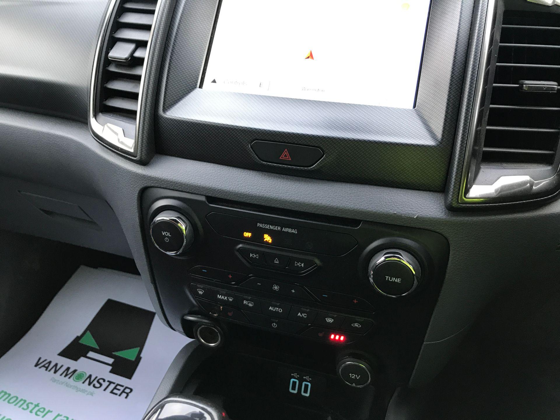 2017 Ford Ranger DOUBLE CAB 4X4 WILDTRAK 3.2TDI 200PS EURO 5 (YR67AKO) Image 3