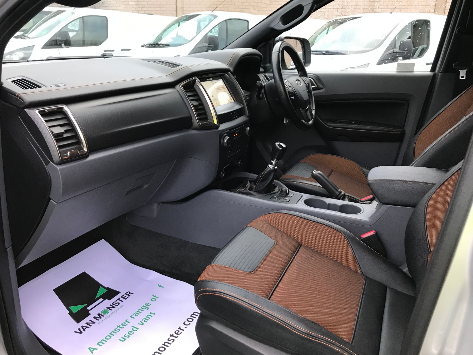2017 Ford Ranger DOUBLE CAB 4X4 WILDTRAK 3.2TDI 200PS EURO 5 (YR67AKO) Image 13