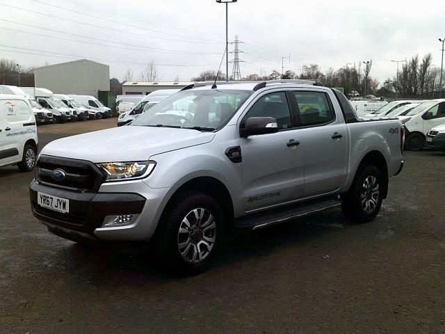2017 Ford Ranger PICK UP  DOUBLE CAB WILDTRACK 3.2 TDCI 200 EURO 6 (YR67JYW) Image 3