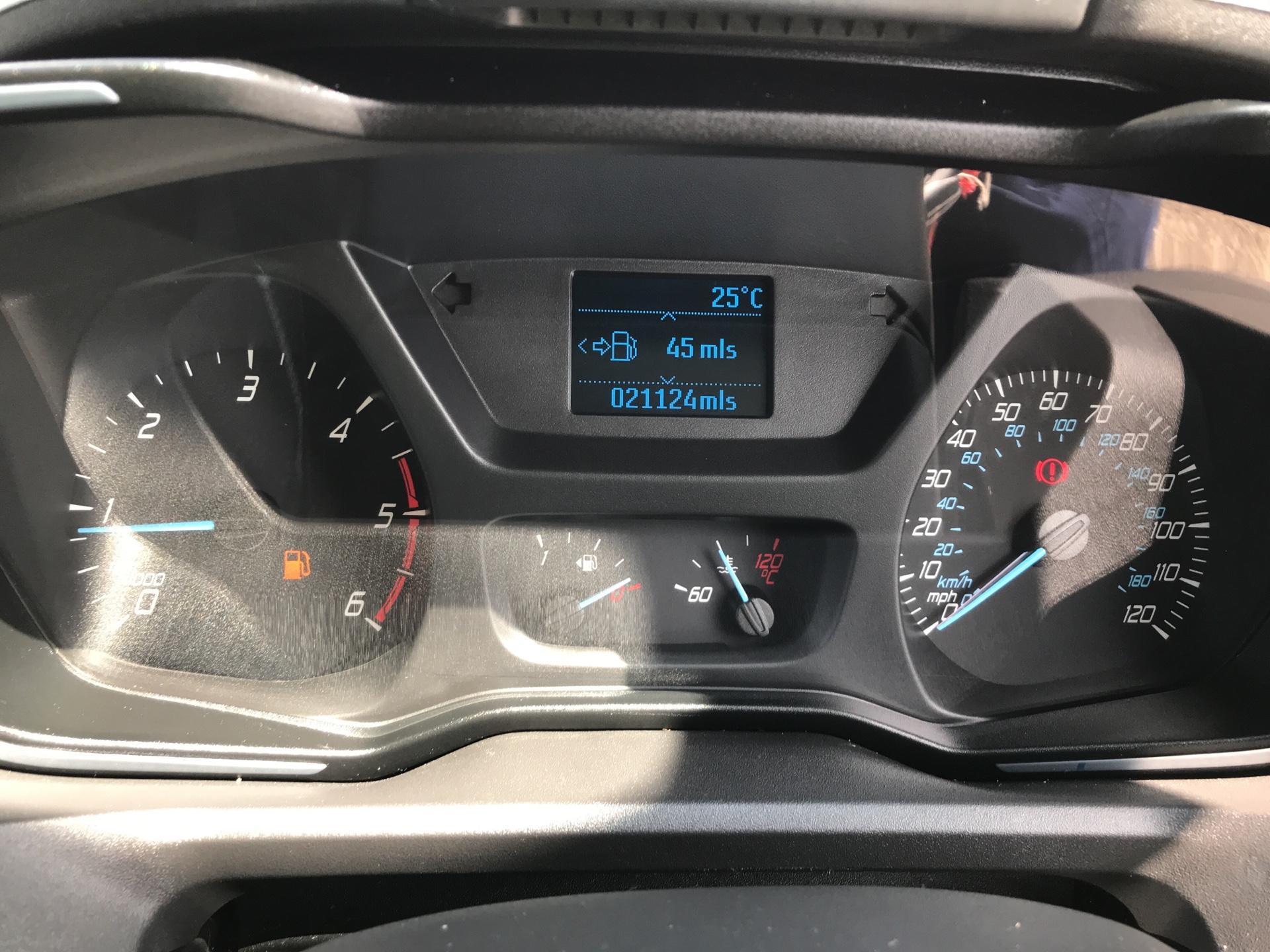 2016 Ford Transit Custom 290 L1 DIESEL FWD2.2 TDCI 125PS LOW ROOF LTD VAN EURO 5 (YS16ZSF) Image 13