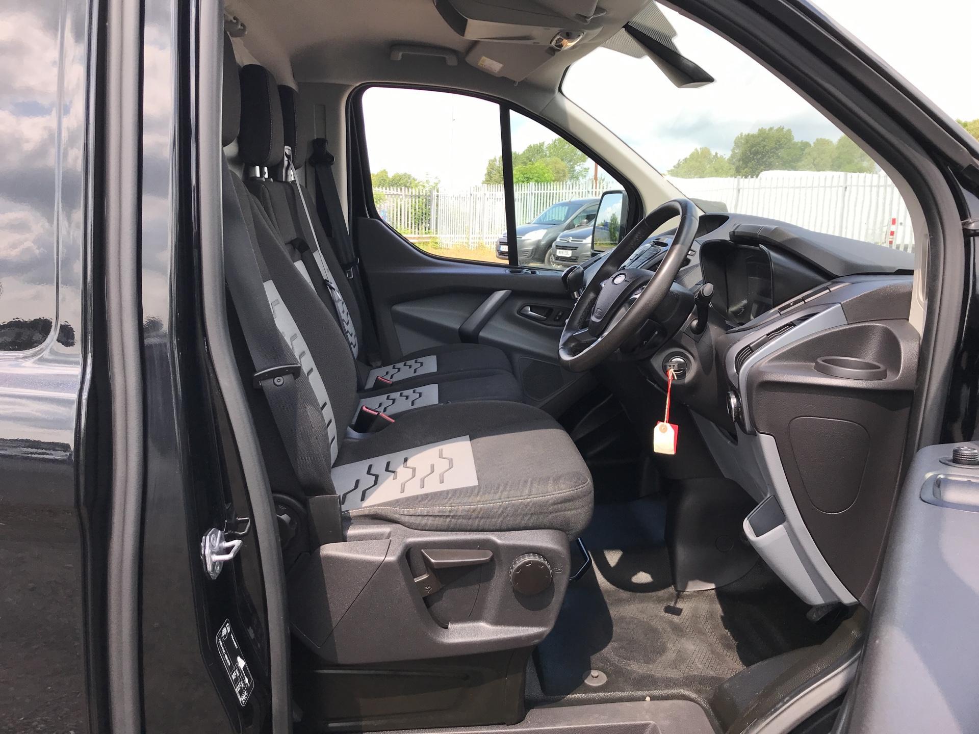 2016 Ford Transit Custom 290 L1 DIESEL FWD2.2 TDCI 125PS LOW ROOF LTD VAN EURO 5 (YS16ZSF) Image 9