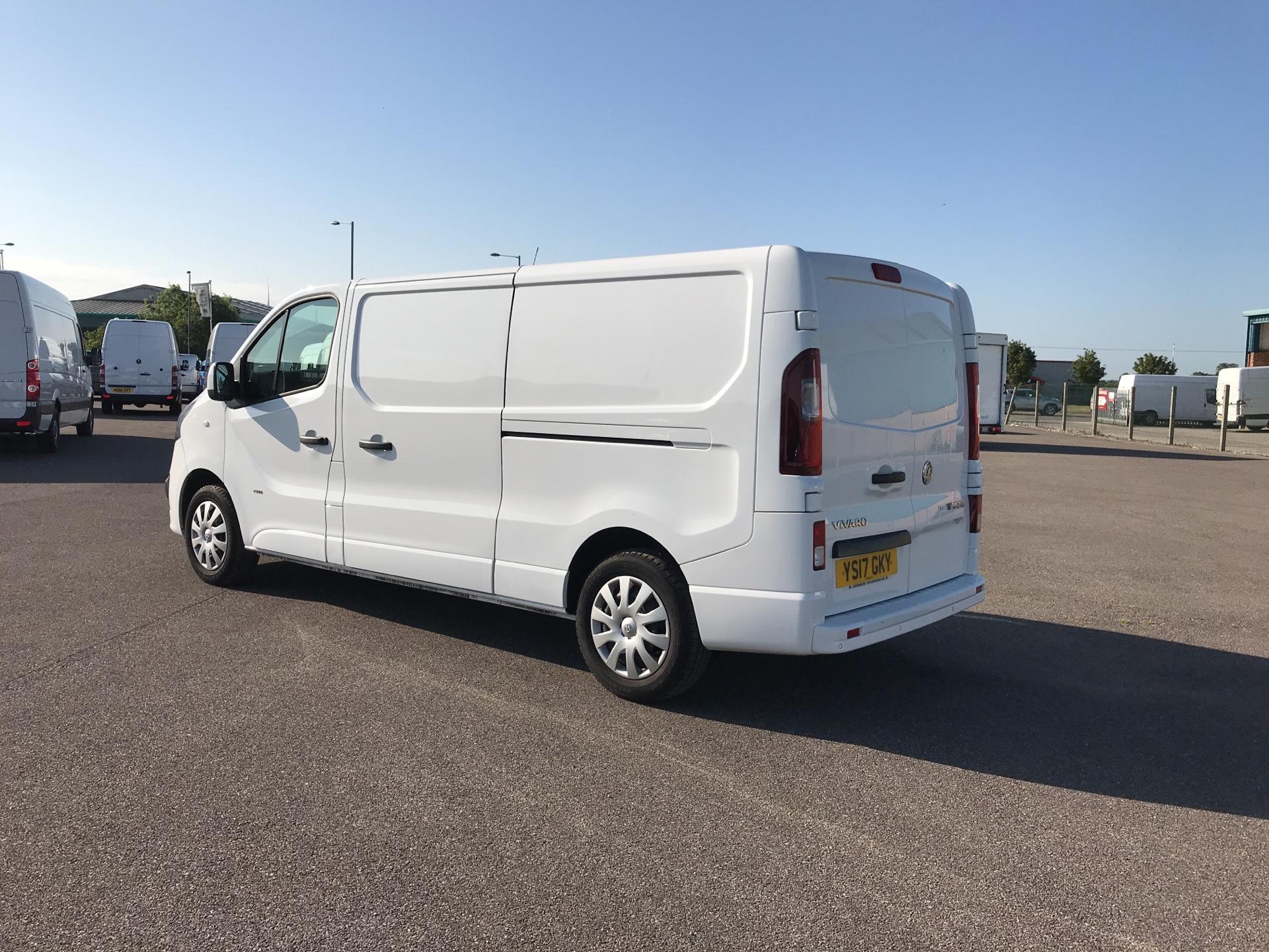 2017 Vauxhall Vivaro L2 H1 2900 1.6 115PS  BITURBO SPORTIVE  EURO 5 (YS17GKY) Image 5