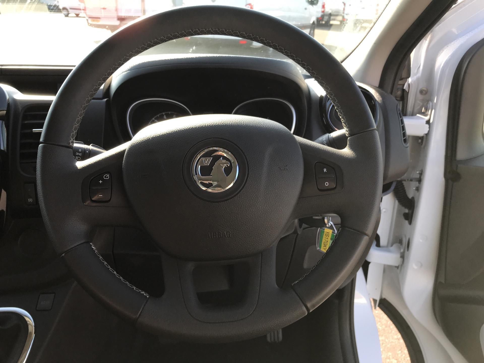 2017 Vauxhall Vivaro L2 H1 2900 1.6 115PS  BITURBO SPORTIVE  EURO 5 (YS17GKY) Image 12