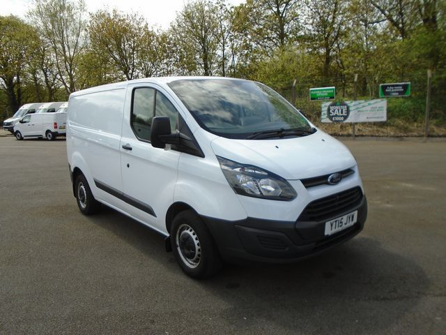 2015 Ford Transit Custom  270 L1 DIESEL FWD 2.2 TDCI 100PS LOW ROOF  EURO 5 (YT15JYW) Image 1