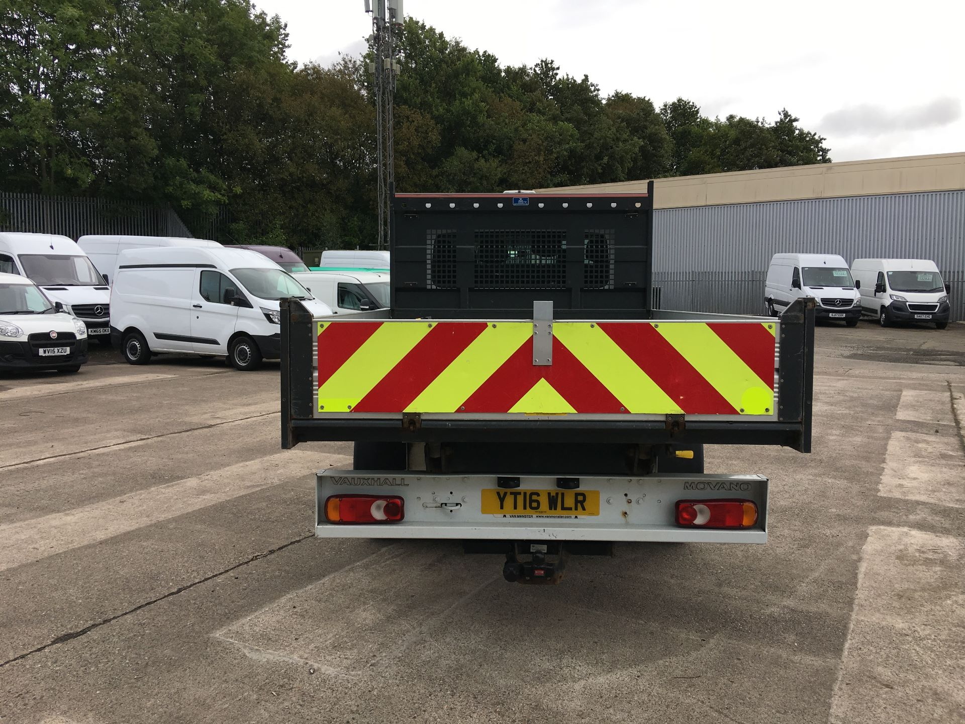 2016 Vauxhall Movano 35 L3 DIESEL RWD 2.3 CDTI 125PS D/CAB TIPPER EURO 5 (YT16WLR) Image 9