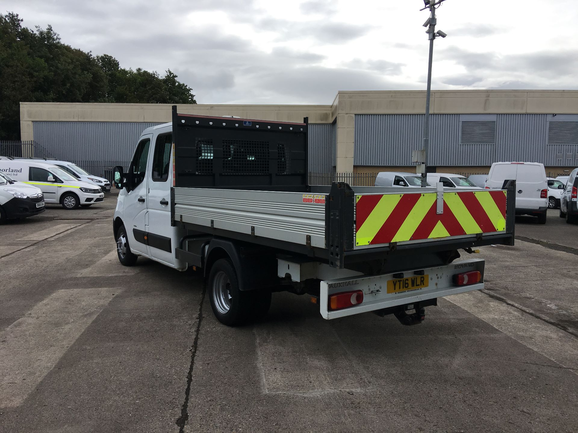 2016 Vauxhall Movano 35 L3 DIESEL RWD 2.3 CDTI 125PS D/CAB TIPPER EURO 5 (YT16WLR) Image 10