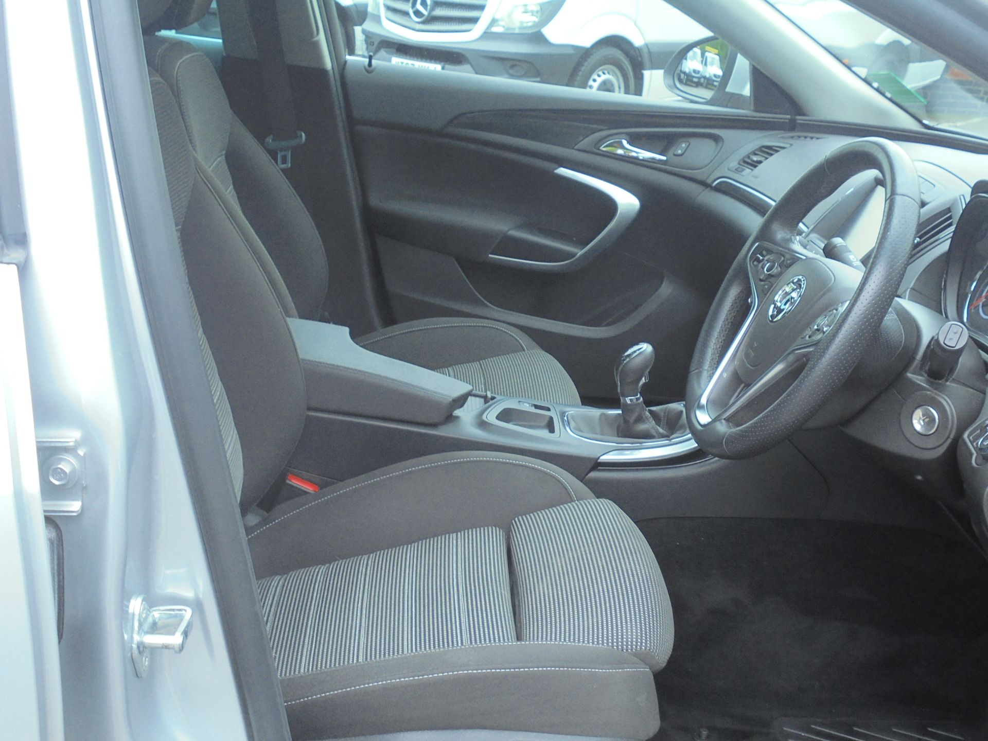 2016 Vauxhall Insignia 1.6 Cdti Sri Nav 5Dr [Start Stop] (YT16YJX) Image 12