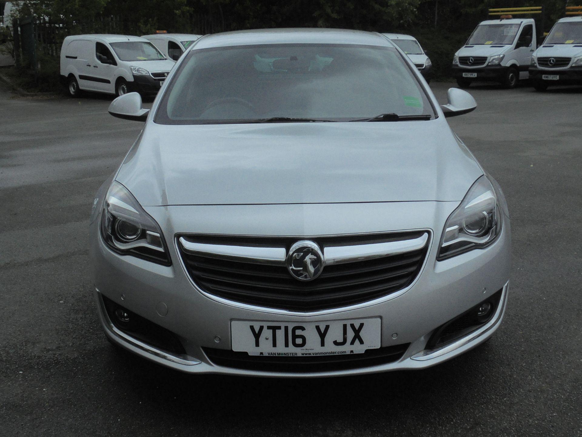 2016 Vauxhall Insignia 1.6 Cdti Sri Nav 5Dr [Start Stop] (YT16YJX) Image 2