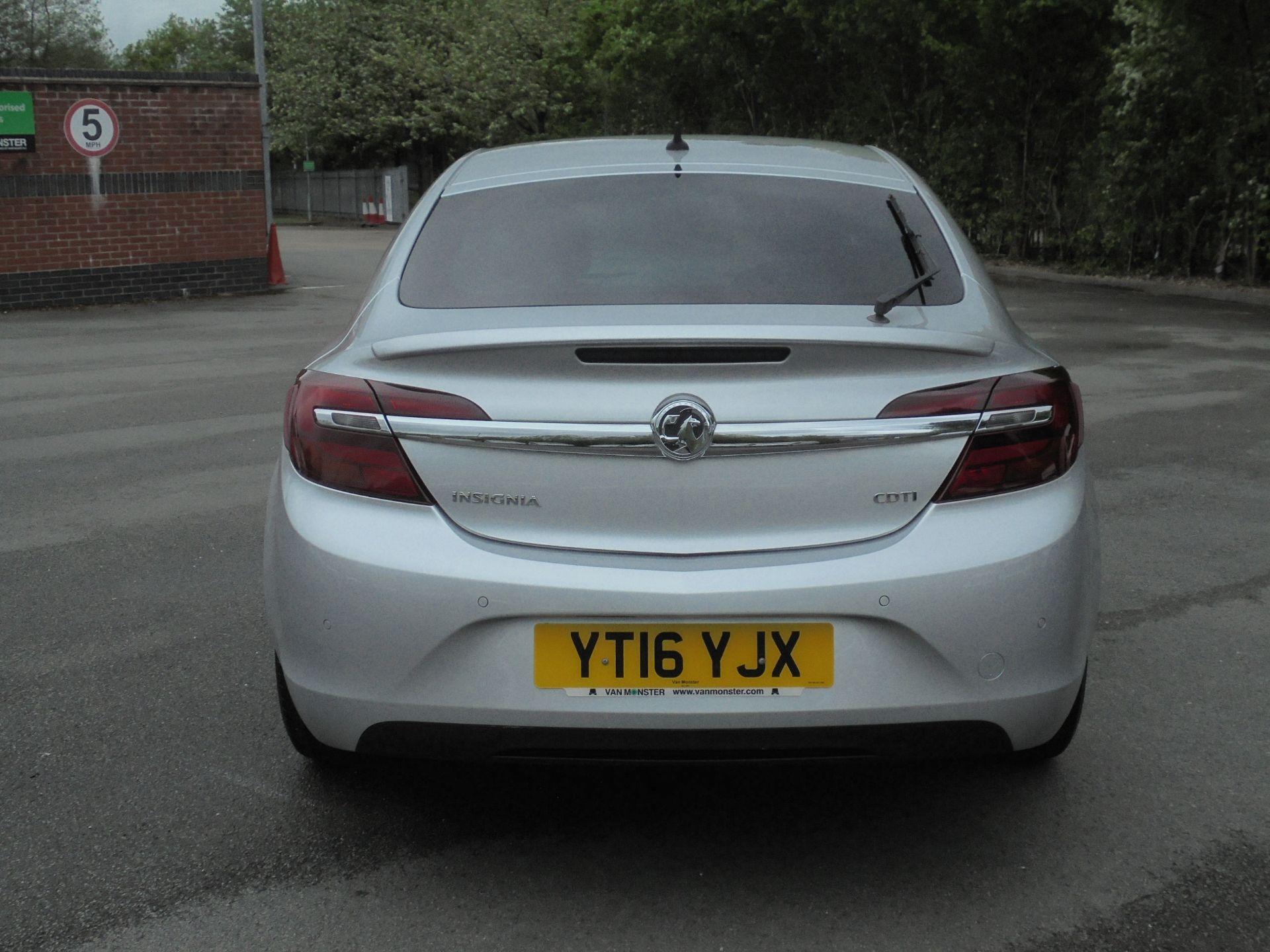 2016 Vauxhall Insignia 1.6 Cdti Sri Nav 5Dr [Start Stop] (YT16YJX) Image 7