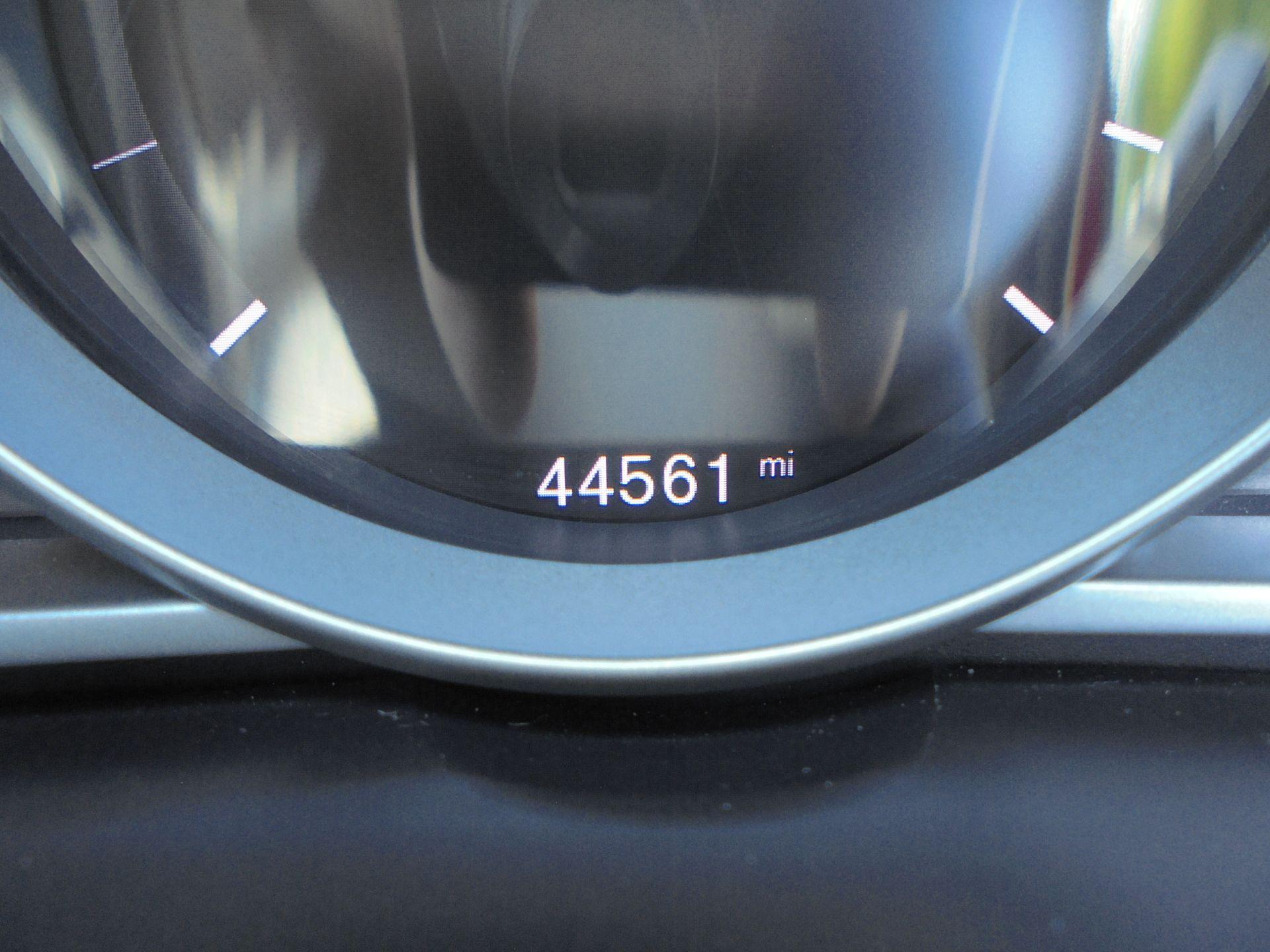 2017 Volvo V40 D2 [120] R Design 5Dr Geartronic (YT67HRZ) Image 13