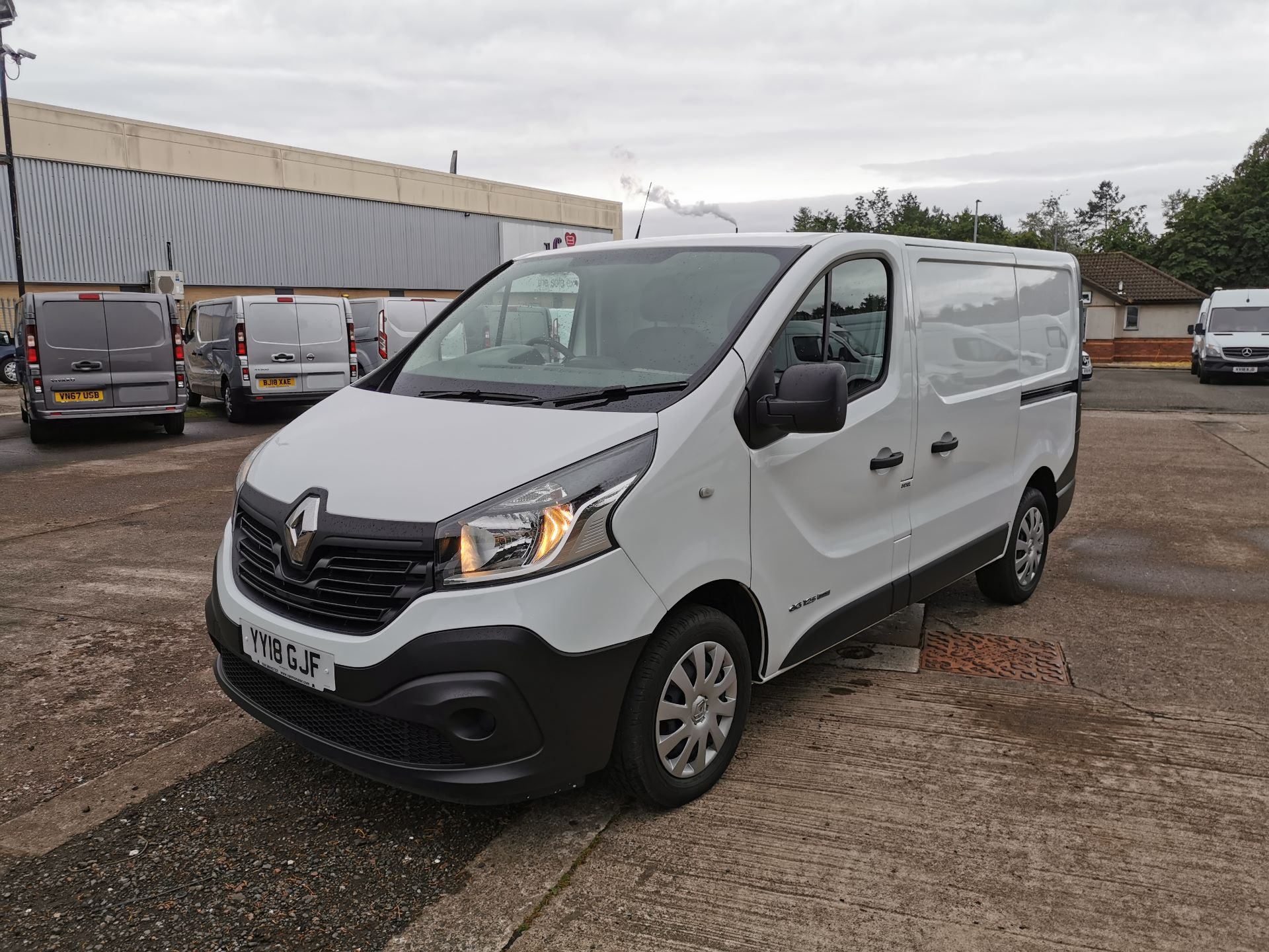 2018 Renault Trafic SL27 1.6 ENERGY DCI 125PS BUSINESS EURO 6 (YY18GJF) Thumbnail 14