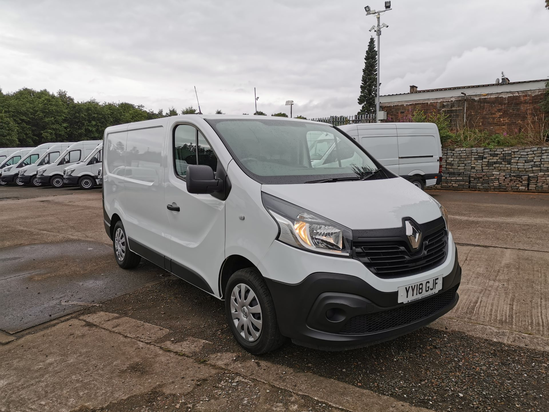 2018 Renault Trafic SL27 1.6 ENERGY DCI 125PS BUSINESS EURO 6 (YY18GJF) Thumbnail 1