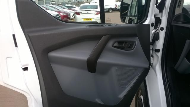 2017 Ford Transit Custom 290 L1 DIESEL FWD 2.0 TDCI 105PS LOW ROOF VAN EURO 6 (BN17PPO) Image 5