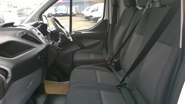 2017 Ford Transit Custom 290 L1 DIESEL FWD 2.0 TDCI 105PS LOW ROOF VAN EURO 6 (BN17PPO) Image 7