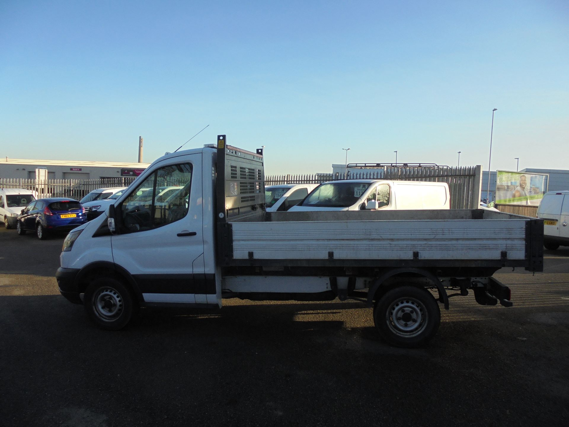 2018 Ford Transit 350 L2 SINGLE CAB TIPPER 130PS EURO 6 (BN18NJU) Image 8