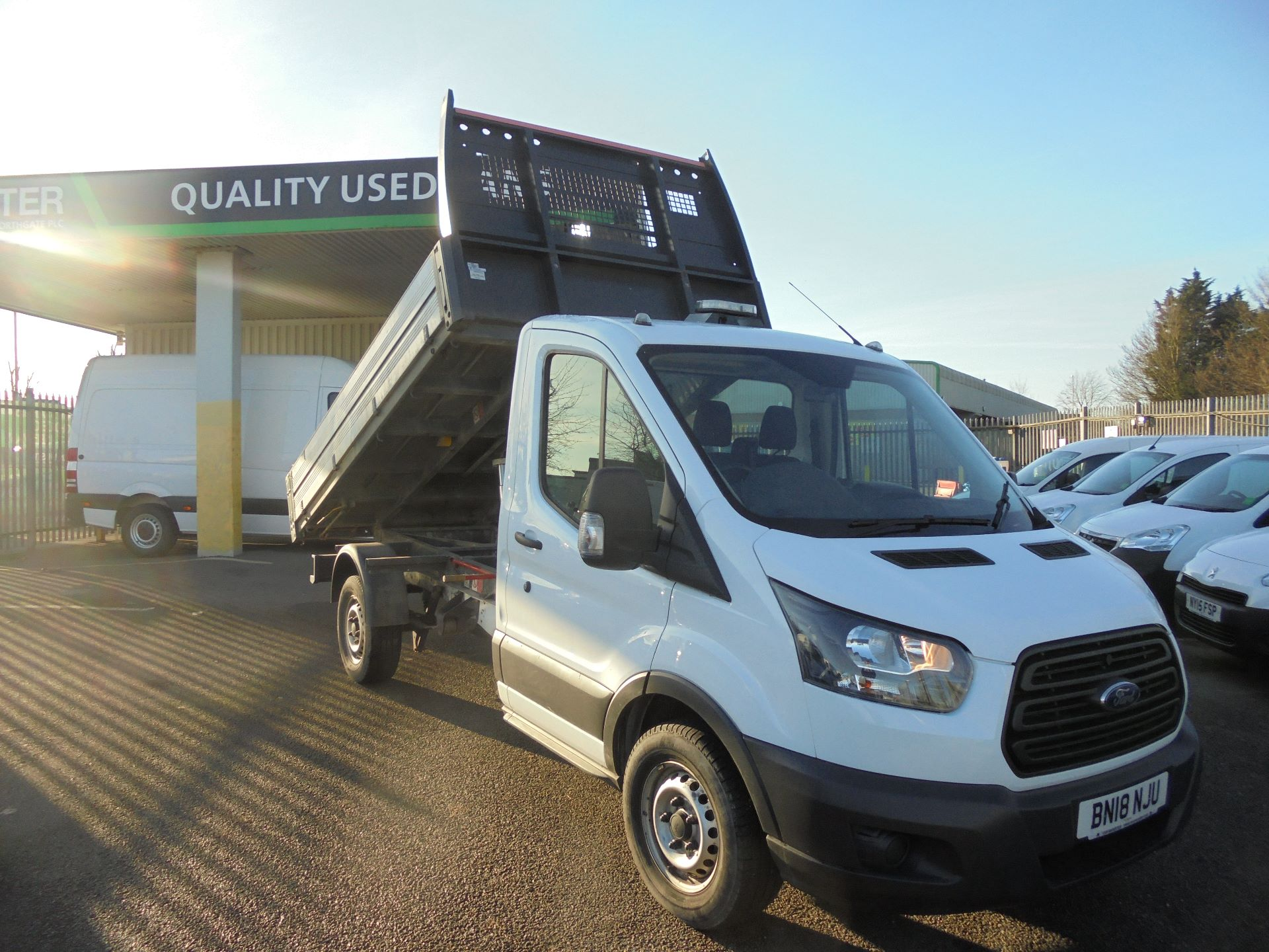 2018 Ford Transit 350 L2 SINGLE CAB TIPPER 130PS EURO 6 (BN18NJU) Image 23