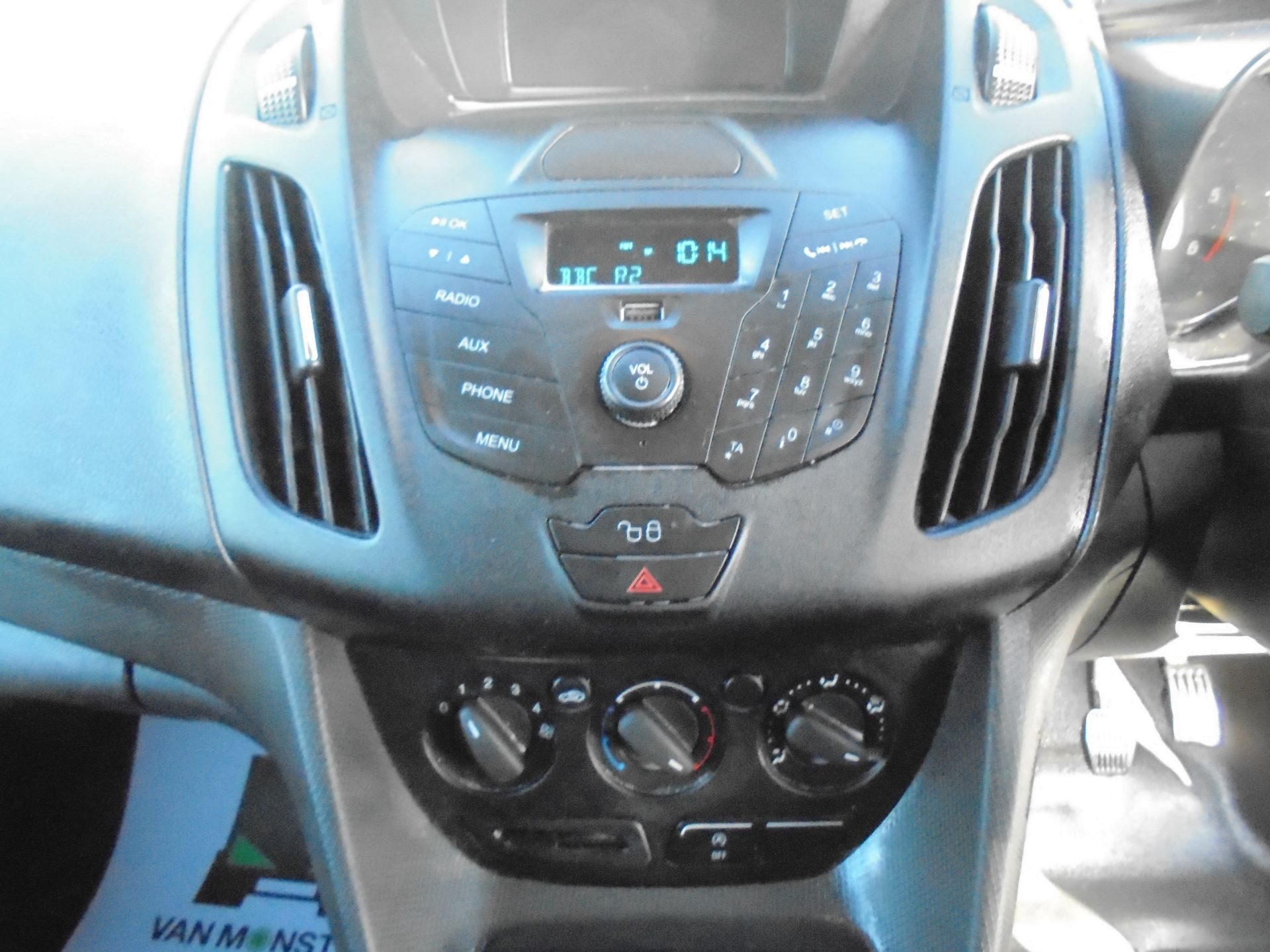 2016 Ford Transit Connect 200 L1 DIESEL 1.5 TDCi 75PS VAN EURO 5 (BN66UZY) Image 14