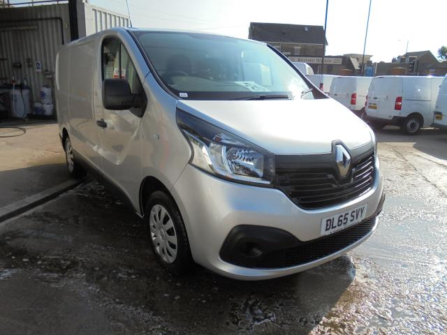 2015 Renault Trafic SWB SL27 ENERGY DCI 120 BUSINESS+ EURO 5 AIR CON (DL65SVY)