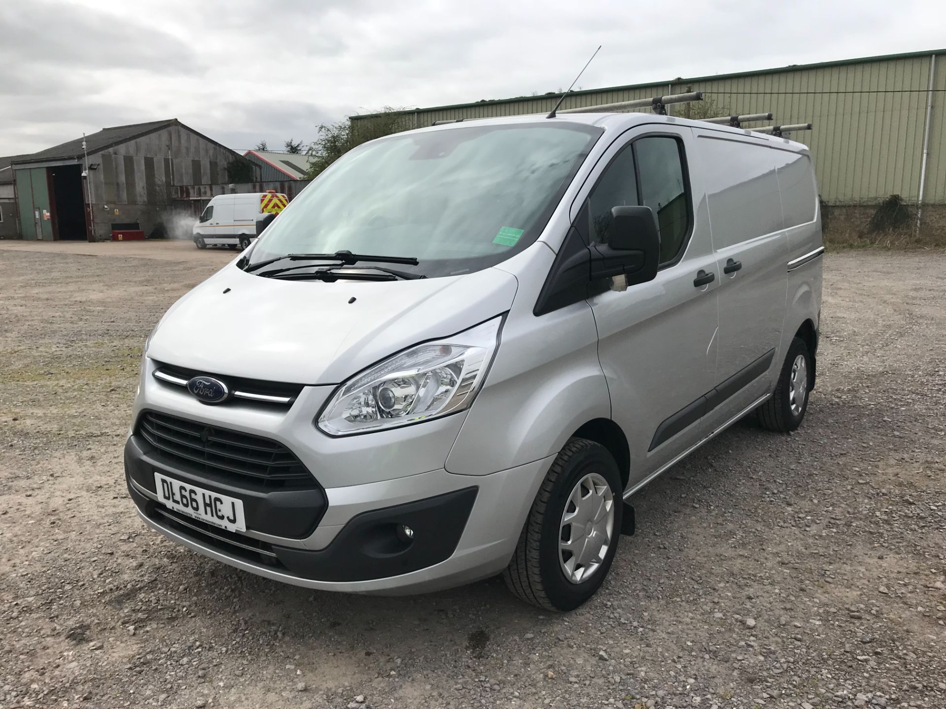 2016 Ford Transit Custom 270 L1 DIESEL FWD 2.0 TDCI 130PS LOW ROOF TREND VAN EURO 6 (DL66HCJ) Image 3