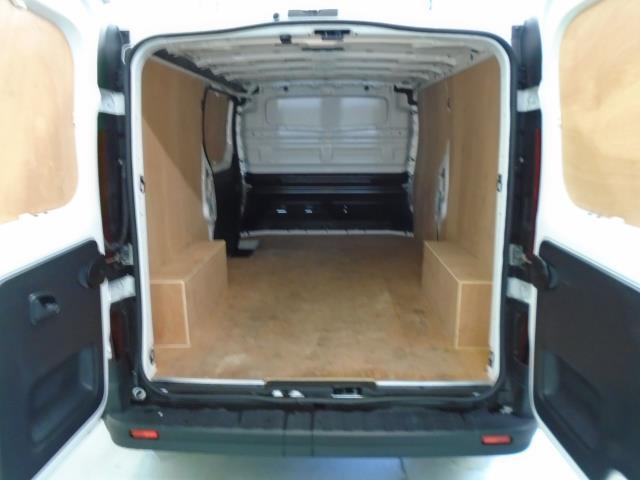2017 Vauxhall Vivaro  L2 H1 2900 1.6CDTi 120PS  (DU17UYH) Image 15