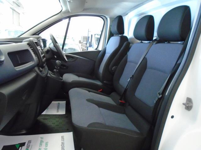 2017 Vauxhall Vivaro  L2 H1 2900 1.6CDTi 120PS  (DU17UYH) Image 11