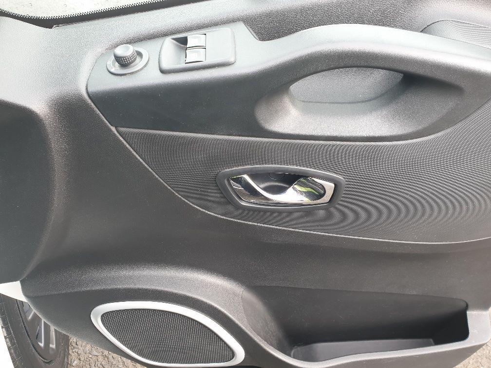 2018 Vauxhall Vivaro L2 H1 2900 1.6 120PS SPORTIVE EURO 6 (DU18WTR) Image 16