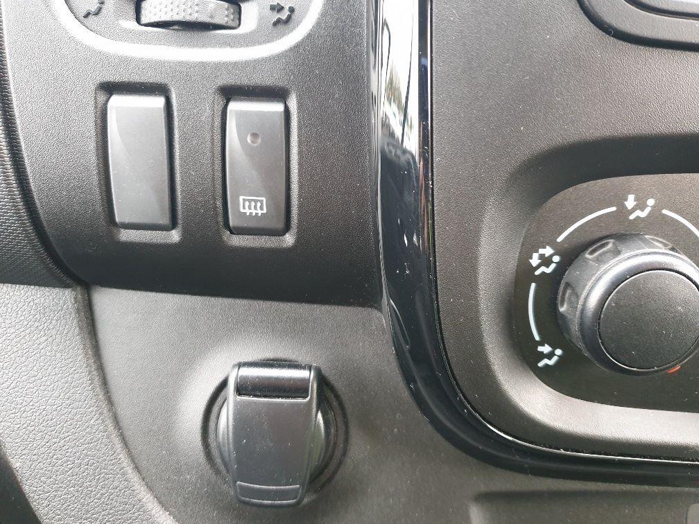 2018 Vauxhall Vivaro L2 H1 2900 1.6 120PS SPORTIVE EURO 6 (DU18WTR) Image 28