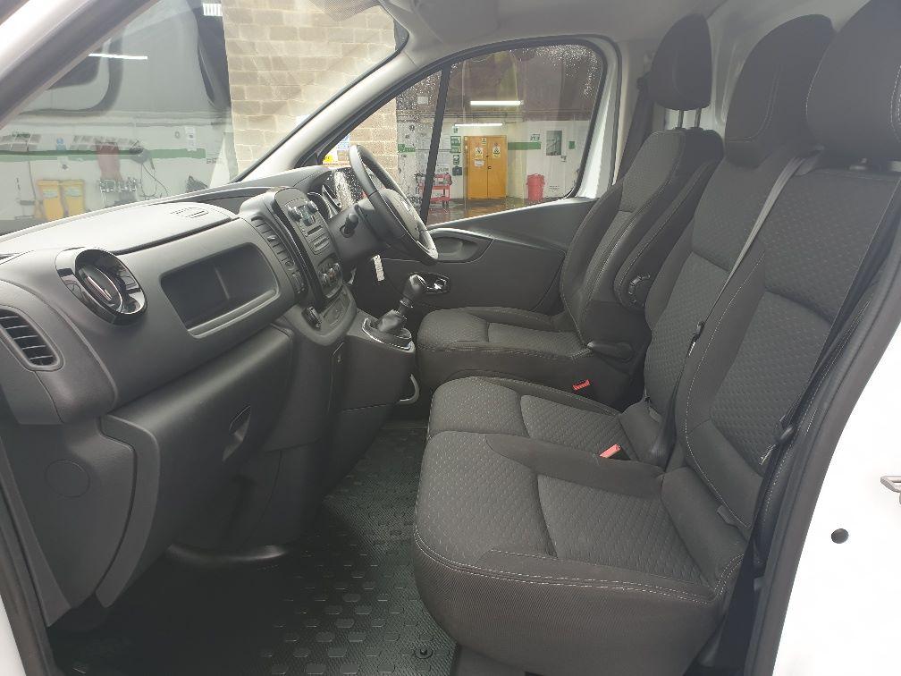 2018 Vauxhall Vivaro L2 H1 2900 1.6 120PS SPORTIVE EURO 6 (DU18WTR) Image 5