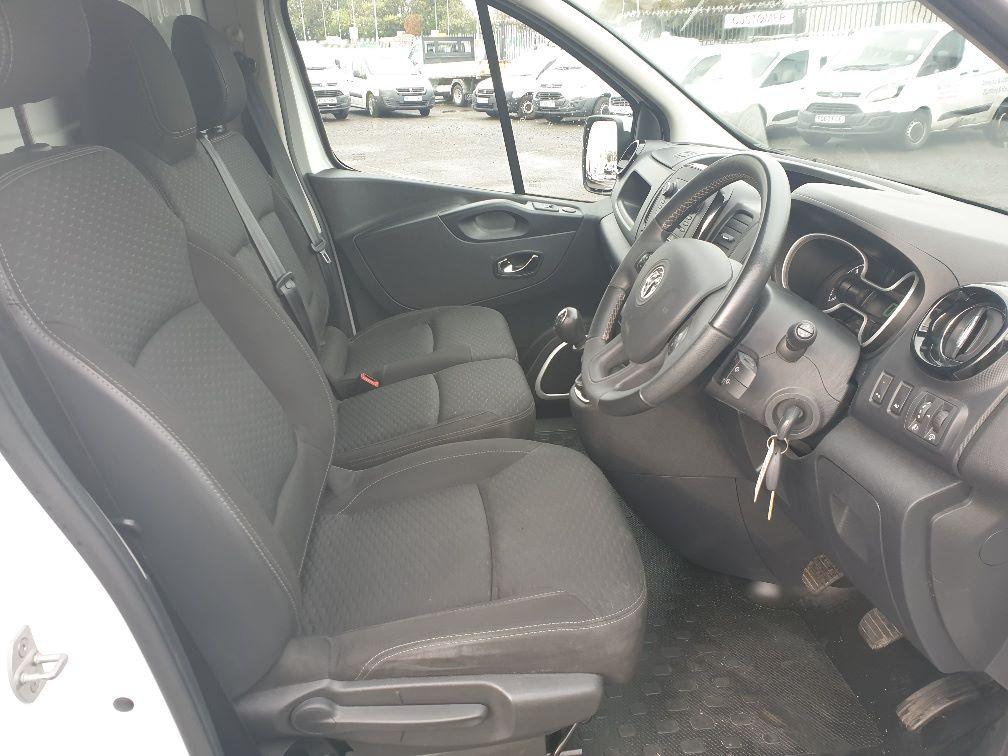 2018 Vauxhall Vivaro L2 H1 2900 1.6 120PS SPORTIVE EURO 6 (DU18WTR) Image 15