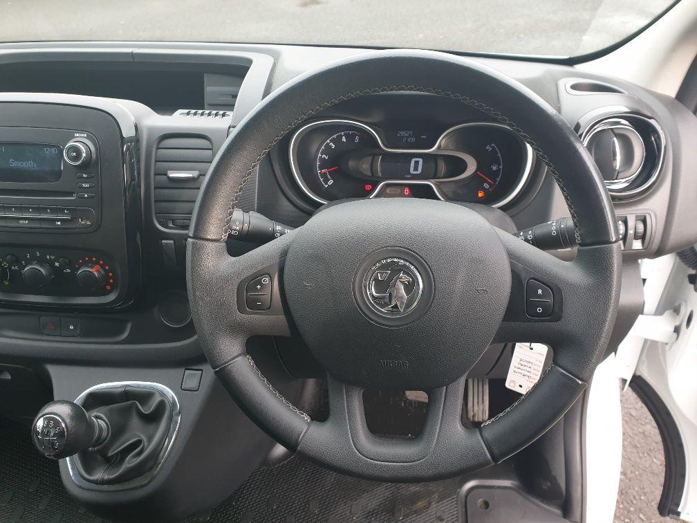 2018 Vauxhall Vivaro L2 H1 2900 1.6 120PS SPORTIVE EURO 6 (DU18WTR) Image 18