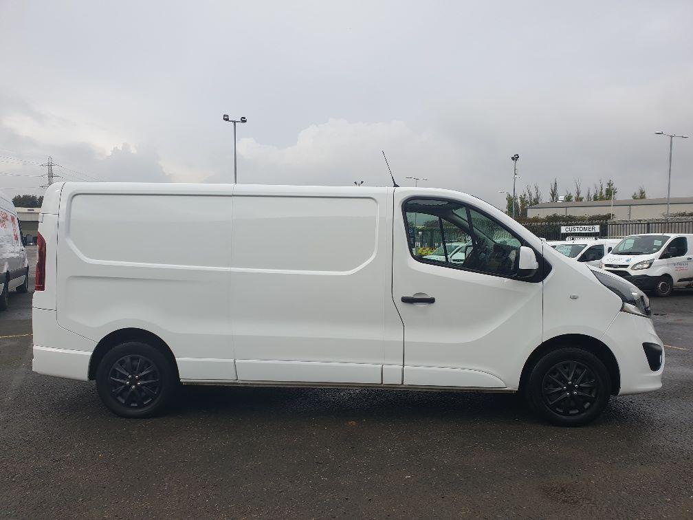 2018 Vauxhall Vivaro L2 H1 2900 1.6 120PS SPORTIVE EURO 6 (DU18WTR) Image 14