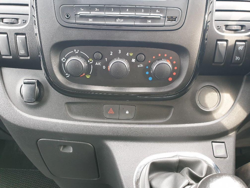 2018 Vauxhall Vivaro L2 H1 2900 1.6 120PS SPORTIVE EURO 6 (DU18WTR) Image 26
