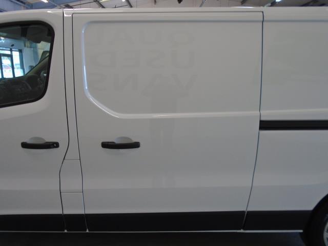 2016 Vauxhall Vivaro  L2 H1 2900 1.6 115PS EURO 5 (DU66GXC) Image 15