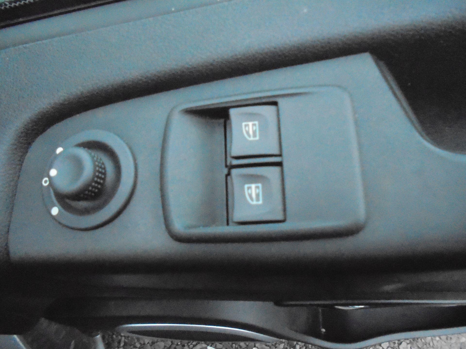 2018 Vauxhall Vivaro L2 2900 1.6CDTI 120PS SPORTIVE H1 EURO 6  (DV68XPM) Image 18