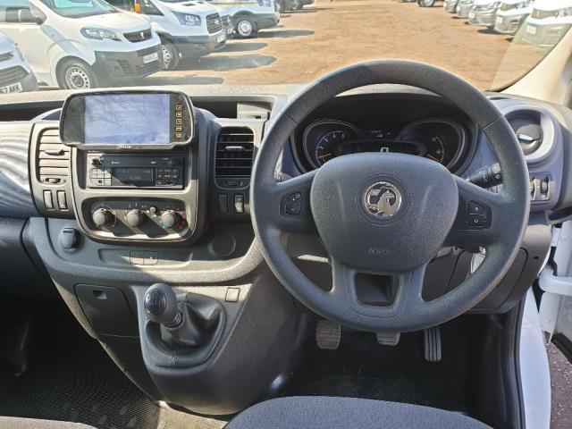 2015 Vauxhall Vivaro L2 H1 2900 1.6 115PS COMBI 9 SEAT EURO 5 NO VAT (DX65WPP) Image 17