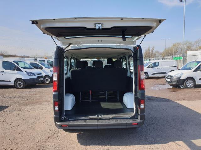 2015 Vauxhall Vivaro L2 H1 2900 1.6 115PS COMBI 9 SEAT EURO 5 NO VAT (DX65WPP) Image 11