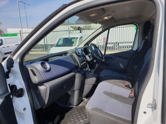 2015 Vauxhall Vivaro L2 H1 2900 1.6 115PS COMBI 9 SEAT EURO 5 NO VAT (DX65WPP) Image 5