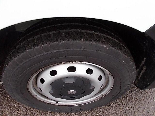 2015 Vauxhall Vivaro  L2 H1 2900 1.6 115PS EURO 5 (DY65YJL) Image 25