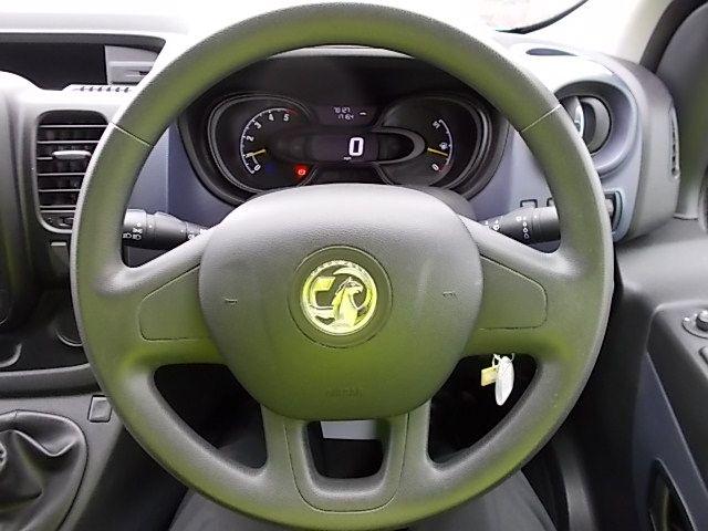 2015 Vauxhall Vivaro  L2 H1 2900 1.6 115PS EURO 5 (DY65YJL) Image 15
