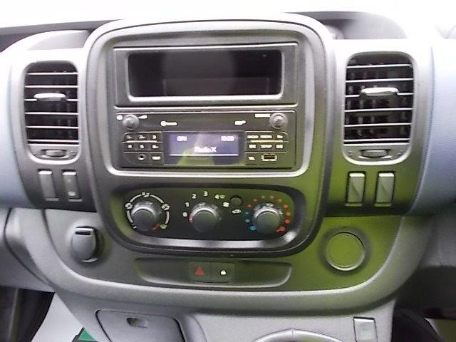 2015 Vauxhall Vivaro  L2 H1 2900 1.6 115PS EURO 5 (DY65YJL) Image 17