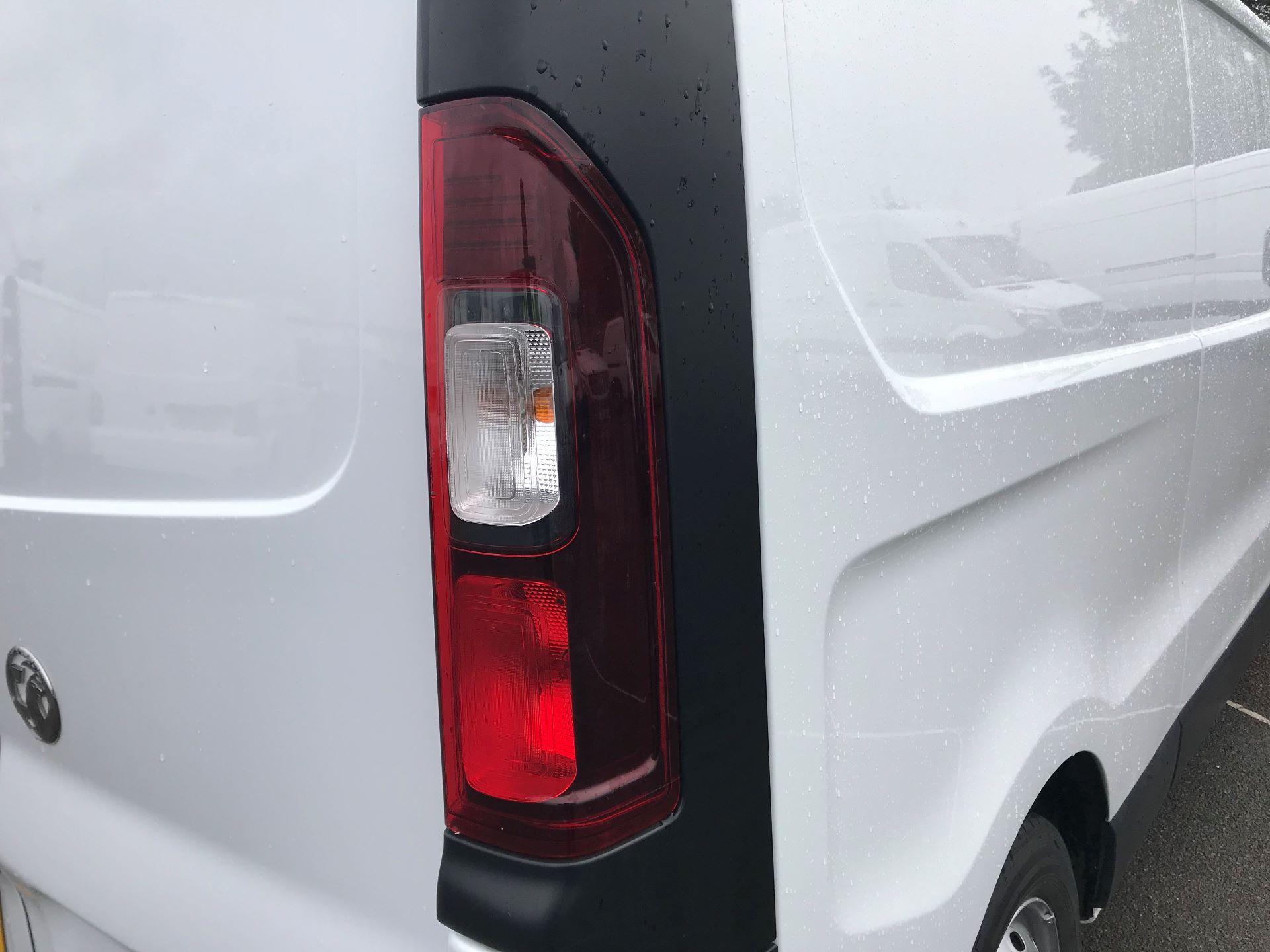 2017 Vauxhall Vivaro  L2 H1 2900 1.6 CDTI 120PS EURO 6 (DY67MYM) Image 13