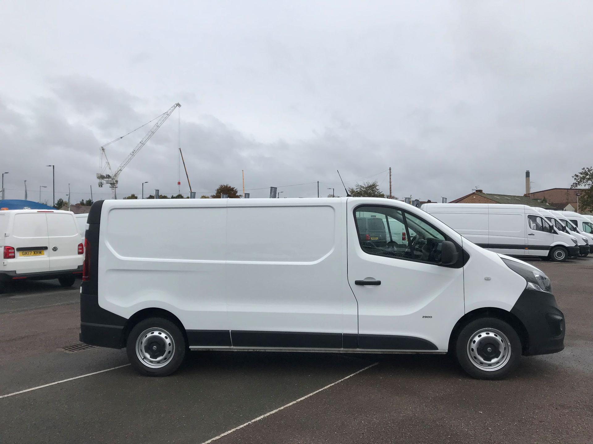 2017 Vauxhall Vivaro  L2 H1 2900 1.6 CDTI 120PS EURO 6 (DY67MYM) Image 8
