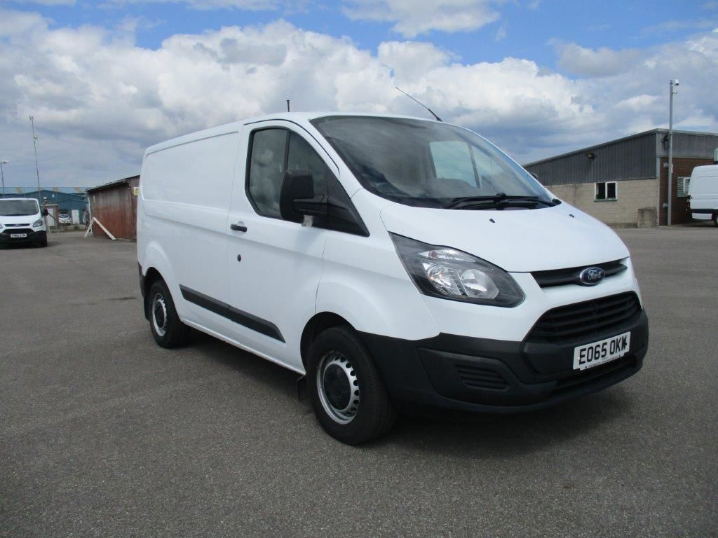2015 Ford Transit Custom 270 L1 DIESEL FWD 2.2 TDCI 100PS LOW ROOF EURO 5 (EO65OKW)