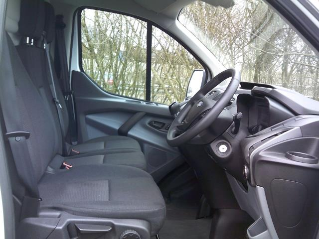 2016 Ford Transit Custom 2.0 Tdci 105Ps Low Roof Van L2 MWB Euro 6 (FD66LAE) Image 2
