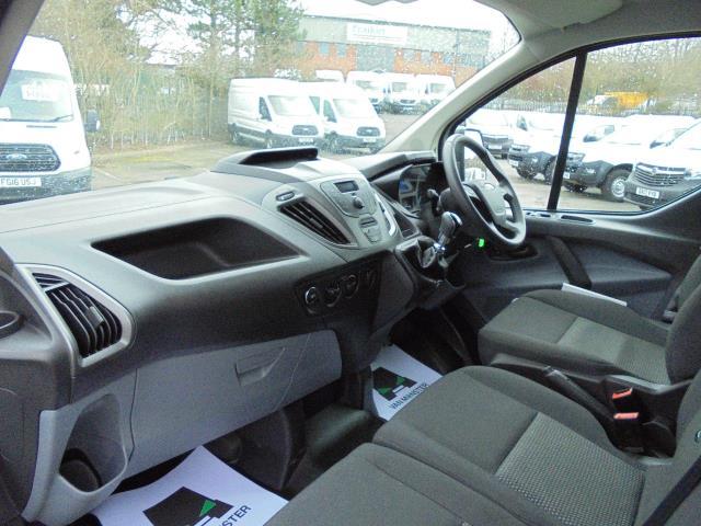 2016 Ford Transit Custom 2.0 TDCI 105Ps LOW ROOF  D/CAB VAN (FD66LZC) Image 18