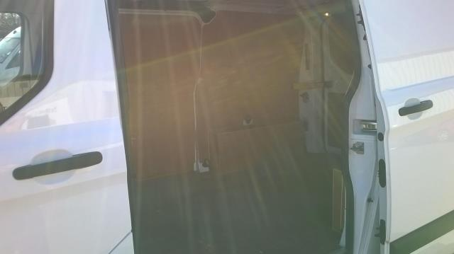 2016 Ford Transit Custom 290 L1 DIESEL FWD 2.2  TDCI 100PS LOW ROOF VAN EURO 5 (FE66CZK) Image 12