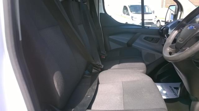 2016 Ford Transit Custom 290 L1 DIESEL FWD 2.2  TDCI 100PS LOW ROOF VAN EURO 5 (FE66CZK) Image 20