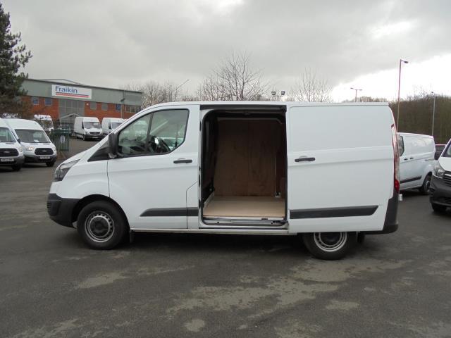 2016 Ford Transit Custom 2.2 Tdci 100Ps Low Roof Van (FE66DLX) Image 16